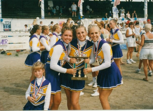 cheerleaders henry county fair